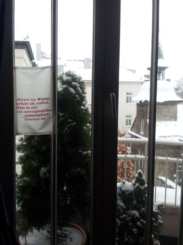 Fenster- und Gartenfahne: Winter und Sommer