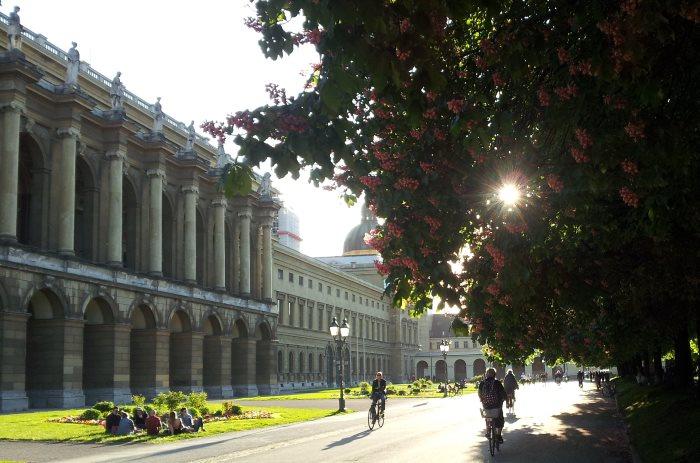 München: Hofgarten im Frühling